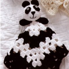 Crochet Toys Design Give your baby a little friend to cuddle and take everywhere they go. The quick and easy crochet designs in Animal Lovie Blankets make adorable baby gifts! Cute, fun, and loved by everyone who sees th - Crochet Panda, Crochet Lovey, Crochet Gifts, Crochet Animals, Baby Blanket Crochet, Crochet Toys, Easy Crochet, Crochet Blankets, Baby Clothes Blanket