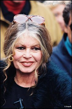 BB❤️ Brigitte Bardot, Bridget Bardot, Beautiful Film, Beautiful People, And God Created Woman, Animal Activist, Hottest Female Celebrities, French Actress, Famous Faces