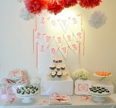printable banners - cute set up too