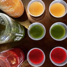 Tasting at El Gancho fitness today. Maple Lemon Aid, Hydrating Sweetness and Spicy Sunrise.#howtosantafe #simplysantafe #verdejuice #coldpressedjuice #elganchofitness
