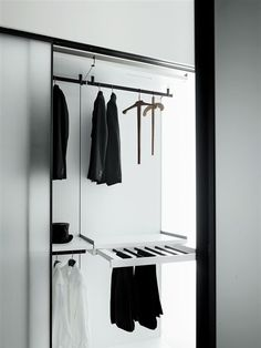 Walk-in closet Boffi kitchens – bathrooms - systems