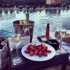 pιnтereѕт: ѕтayclaѕѕyвoo ☾ champagne pool strawberries ice bucket