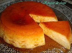 Tardarás poquísimo en hacer esta flan de nata del blog RECETAS DE CHISPI porque se cocina en el microondas.