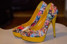 Inspired by these #DIY blue cartoon shoes: http://www.pinterest.com/pin/62628251042293877/ My dauhter bought a pair of yellow shoes and created her own #yellow, #cartoon, #shoes.