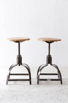 bienaise stool | unplugged Bar Stools, Industrial, Furniture, Home Decor, Bar Stool Sports, Decoration Home, Room Decor, Counter Height Chairs, Bar Stool