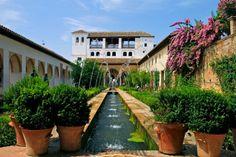 Jardines de la Alhambra en Granada, España.