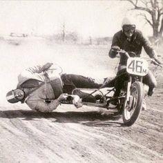 Motos Vintage, Vintage Bikes, Vintage Motorcycles, Custom Motorcycles, Racing Motorcycles, Harley Davidson Motorcycles, Valentino Rossi, Motorbike Design, Motorcycle Types