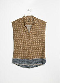 Pyjama-Style: Bluse von Mango
