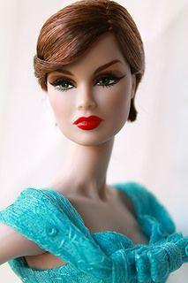 Ooh Olivia Benson from L&O special victims unit. Barbie Life, Barbie World, Fashion Royalty Dolls, Fashion Dolls, Glam Doll, Poppy Parker, Beautiful Barbie Dolls, Fashion Now, Barbie Collection