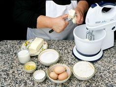 Mamma Agata's Recipe for Lemon Cake