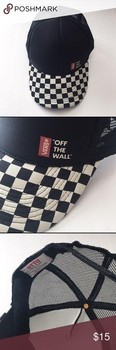 NWOT Vans Checkerboard Hat BRAND NWOT, UNWORN Vans black and white checkerboard snapback adjustable hat with mesh back. OSFM. Last one left! Vans Accessories Hats