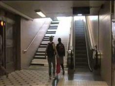 Escada de metrô é transformada em piano [Uhull.com.br]
