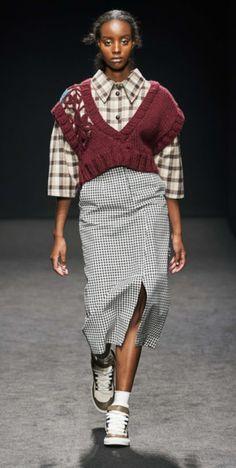 Knitwear Fashion, Cozy Fashion, Knit Fashion, Sweater Fashion, Milano Fashion Week, Summer Fashion Trends, Spring Fashion, Fashion 2020, Milan Fashion