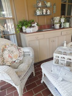 Ash Tree Cottage: Spring and Summer Porch Ideas