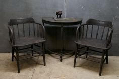 Early 20th Century Deck Captain Chairs. Spindled barrel back chairs with the rarely seen three turned stretcher front.