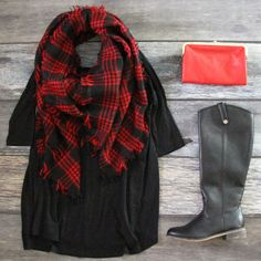 Be sure to snag must-have this 3/4 Sleeve Tunic in Black at Entourage TODAY! ONLY $26! Free shipping always!