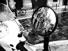 Bordeaux Black and White Vespa | Tukibomp