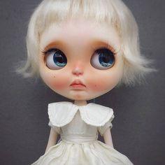 Custom Doll for Adoption by RabbitBear  CHECK HERE  http://etsy.me/2jjwb0z  #blythe #dollycustom #blythecustom #blythecustomizer #ooakblythe #customblythe #kawaii #doll #artdoll #dollstagram #blythestagram #blythelover #ブライス