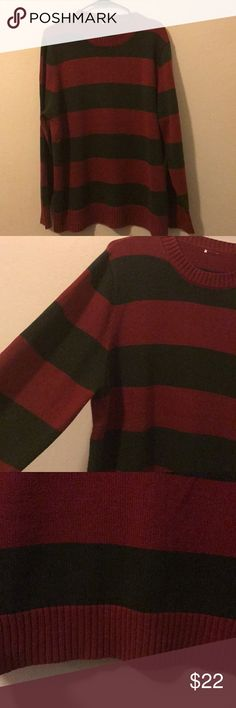 Nirvana Freddy Krueger sweater long sleeve So, this baby is warm. It's in excellent condition. It's a men's size large. The tag fell off in the wash. 🙄 I purchased this at Hot Topic last year. I love that this was long and covered my butt. So, if you want to wear this as a sweet Xmas sweater, you want to look extra grungy and channel your inner 90's Kurt, or wanna be a bad ass Freddy Krueger chick do you girl, do you. Please feel free to ask any questions you may have. Thanks so much. Hot…