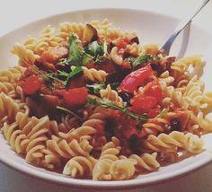 Dinner, Healthy Nudles   #archifruit #fitfood #vegetables #overdose #Tomato #aubergine #zuchini #wholegrain #nudles #dinner #fitness #home #berlin #bestapartement #starkitchen
