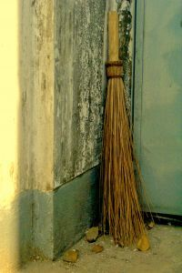 old broom...I HAVE ONE OF THESE THAT MY FRIENDS GAVE ME FROM THEIR RELATIVES' ESTATE...