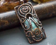 Square copper wire wrapped pendant // Fantasy wire wrapped labradorite pendant // Labradorite jewelry // Fantasy jewelry // Pagan jewelry