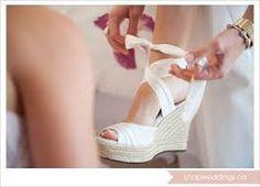 Αποτέλεσμα εικόνας για νυφικα παπουτσια πλατφορμες
