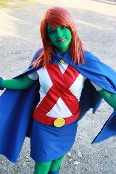 YJ - Miss Martian cosplay by miarichan