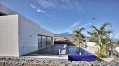 Casa em La Quinta / Correa + Estévez Arquitectura