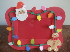 Christmas Arts And Crafts, Christmas Activities, Christmas Diy, Christmas Cards, Xmas, Christmas Window Decorations, Christmas Frames, Photo Frame Crafts, Miniature Crafts