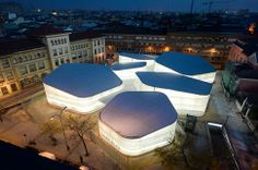 Die temporären Markthallen auf dem Mercado de Barceló stammen aus der Feder des spanischen Architekturbüros.