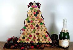 Christmas ornaments made with corks | Pra Gente Miúda