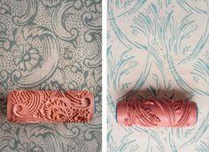 la reines blog toller tipp raufaser tapete streichen durch farbwalze mit muster wanddeko. Black Bedroom Furniture Sets. Home Design Ideas