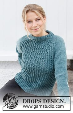 Follow the Fjord / DROPS 215-21 - Gratis strikkeoppskrifter fra DROPS Design Drops Design, Free Knitting Patterns For Women, Lace Knitting Patterns, Raglan Pullover, Drops Patterns, Work Tops, Knitted Poncho, Easy Knitting, Pulls