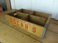VINTAGE U.S 60s OSCAR'S SODA BOTTLE 4 SECTION CRATE £69 eyespy