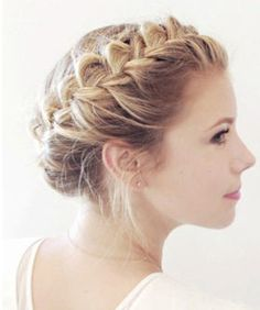 You know when you braid your hair and it looks way too perfect, like your mom did it on you before you ran out the door to go to middle school? Even the most well-intentioned, most whimsical girl-in-a-wildflower-field braided updo can quickly take a turn for the pre-teen if it's too neat. Luckily,