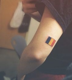Romanian flag tattoo for my mother. Back of arm above elbow placement Music Tattoos, Word Tattoos, Body Art Tattoos, I Tattoo, Small Tattoos With Meaning, Small Tattoos For Guys, Best Friend Symbols, Romanian Flag, Small Tattoo Placement