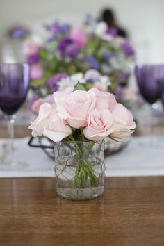 decoracao-mesa-de-pascoa-almoco-em-tons-de-violeta-e-rosa-provence-8