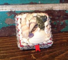 Vintage Collectible Seashell Square Trinket Or Jewelry Box, Red Felt Lining