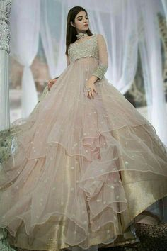 Gown Party Wear, Party Wear Indian Dresses, Indian Gowns Dresses, Pakistani Wedding Outfits, Indian Fashion Dresses, Indian Bridal Outfits, Dress Indian Style, Wedding Dresses For Girls, Gowns For Party