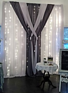 New wedding backdrop curtain draping Ideas Stage Curtains, Living Room Decor Curtains, Home Curtains, Bedroom Decor, Net Curtains, Rideaux Design, Decoration Evenementielle, Custom Drapes, Curtain Designs