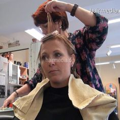 Hair And Beauty Salon, Permed Hairstyles, Beauty Shop, Vintage Hairstyles, Hd Video, Salons, Dreadlocks, Stylists, Hair Perms
