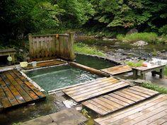ONSEN 温泉 HOT SPRINGS