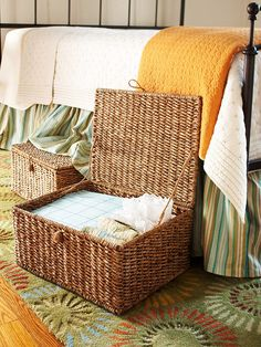 Underbed Storage-This is a great idea for guest rooms where we don't have underbed drawers or dressers. We could put the extra linens, guest towels and such right there so I'm not running up and down stairs to retrieve them when preparing a room for guests, plus the basket could be either a decorative item in a corner or it could be stowed under the bed.