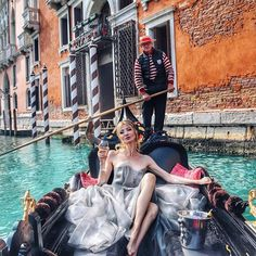 Perfect Venice background @hotelpalazzobarbarigo on Grand Canal ❤️ #Italy
