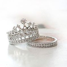 Fashion Exquisite Crown Women's Ring