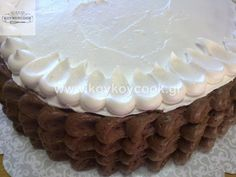 1701201421342 (2) Chocolate And Vanilla Cake, Desserts, Food, Tailgate Desserts, Deserts, Essen, Postres, Meals, Dessert