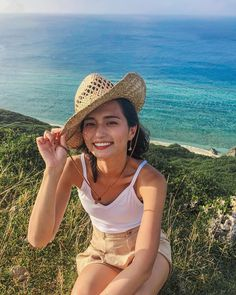 Cowboy Hats, Beautiful Women, Kawaii, Female, Lady, Hair Styles, Bikinis, Womens Fashion, Beauty