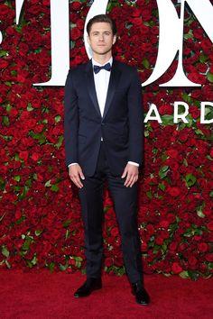Pin for Later: Les Célébrités Ont Brillé de Mille Feux Lors des Tony Awards Aaron Tveit