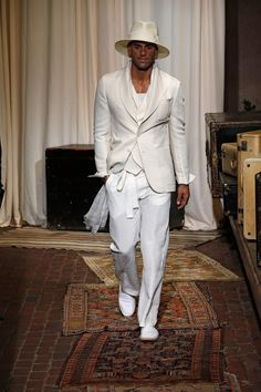 Joseph Abboud Spring 2017 Menswear Fashion Show